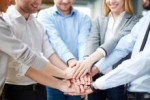 23_FreeGreatPicture.com-50300-in-the-figure-of-unity-and-cooperation-in-the-workplace